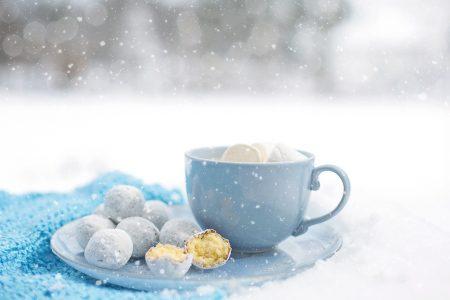 雪&カップ