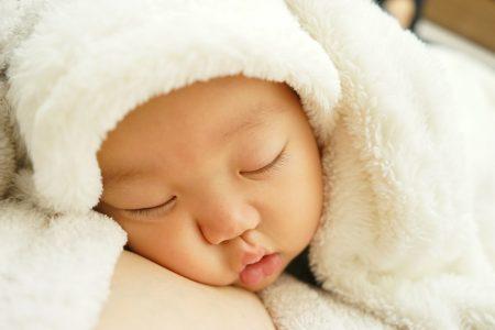 赤ちゃん 寝る 涎