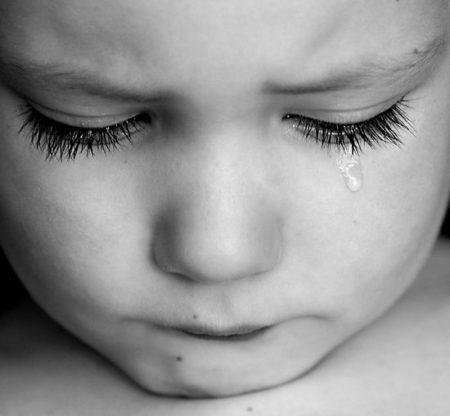 子ども 泣き