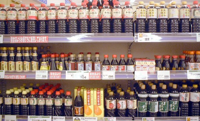 Soy_sauce_in_supermarket