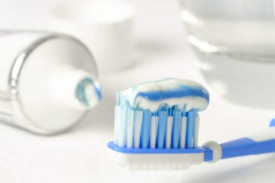 Toothbrush Clean Brushing Teeth Hygiene Toothpaste
