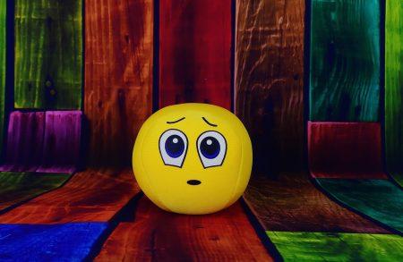 顔 黄色 スマイリー