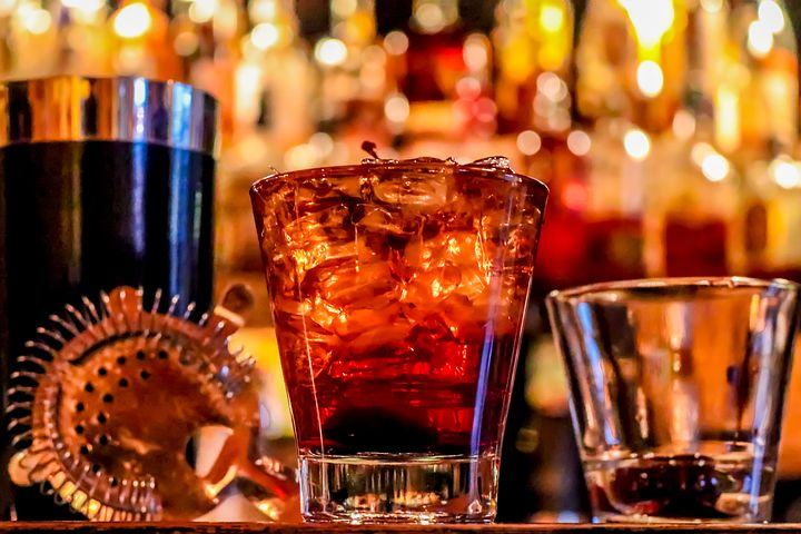 alcohol-3194824__480