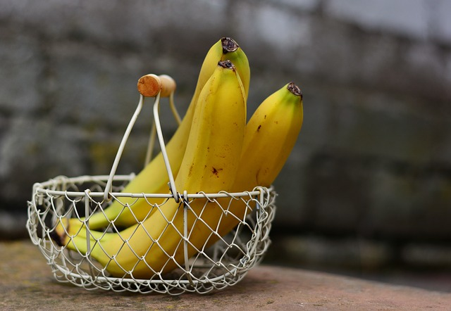 bananas-2412432_640