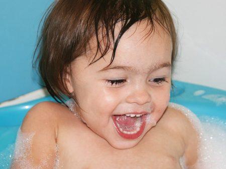 bath-1677843_640