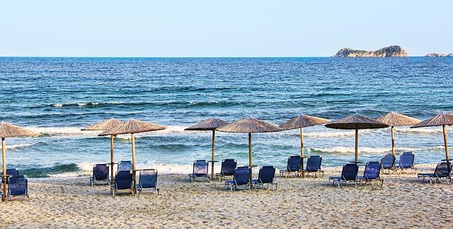beach-1050248_640