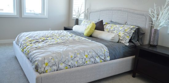 bed-1575491_640
