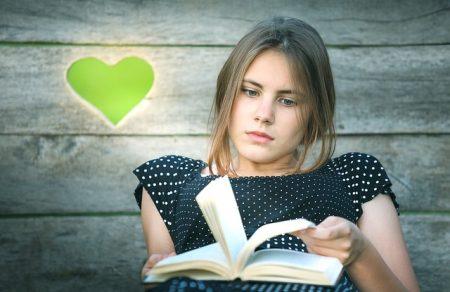book-2595728_640