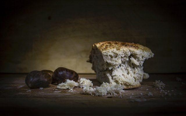 bread-1750987_640