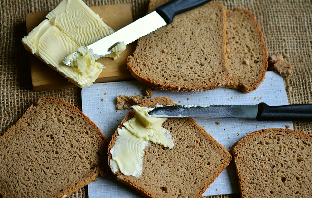 bread-3116378_640