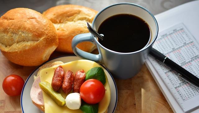 breakfast-2133093_640