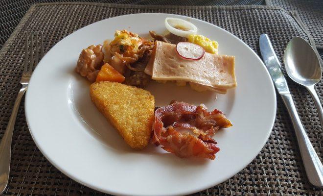 breakfast-2665837_960_720
