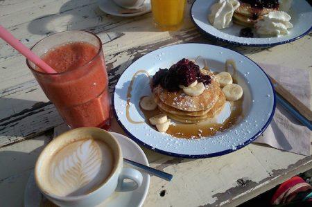 breakfast-989747_1280