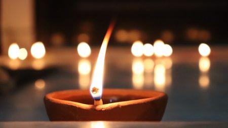candle-3302162_640