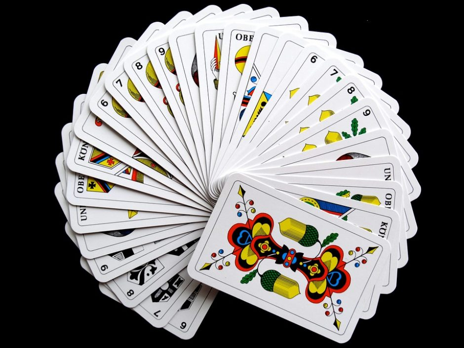 cards-627167_960_720