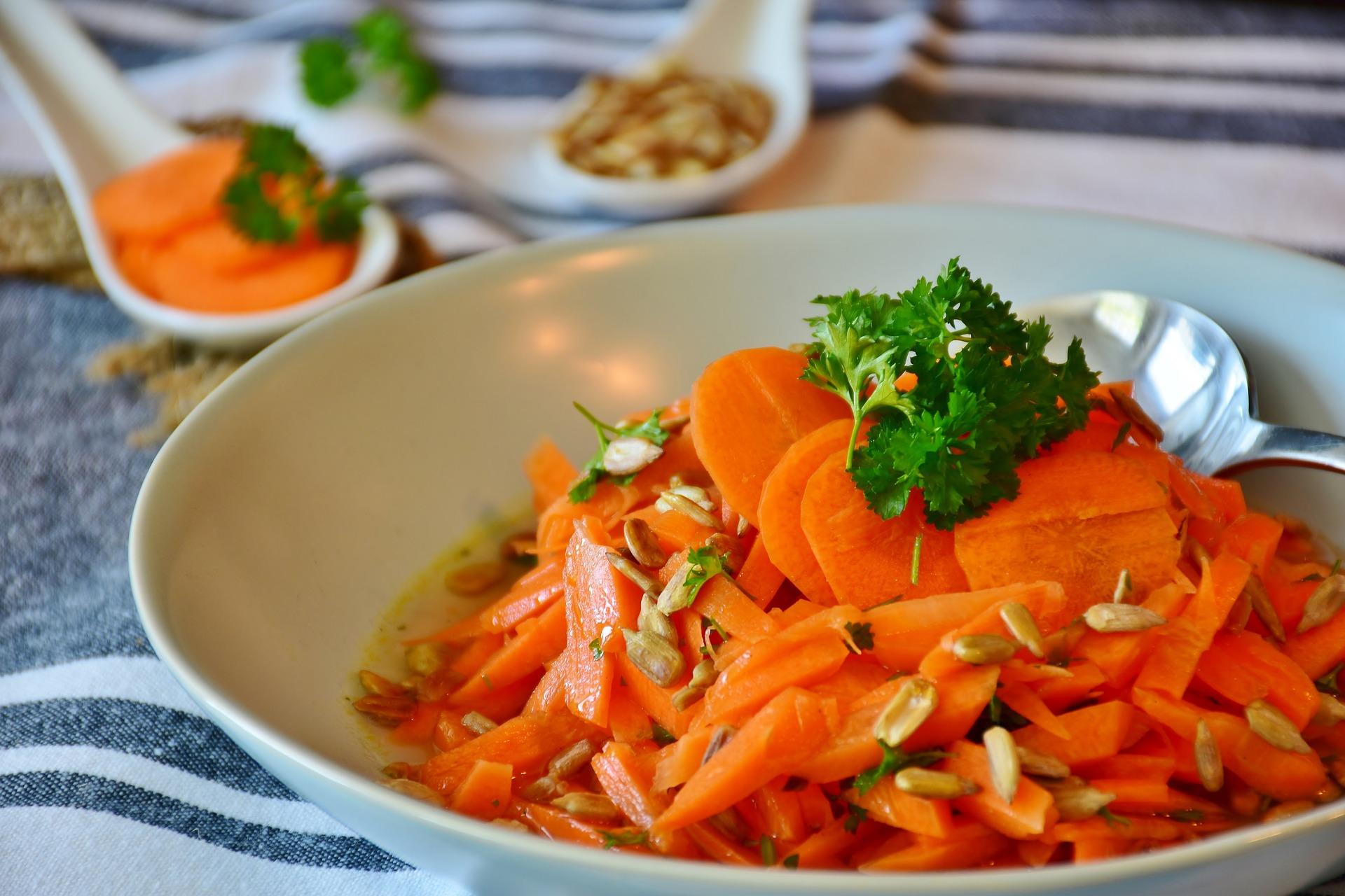 carrots-3467399_1920