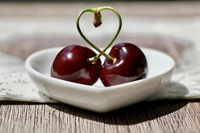 cherries-2444836_640
