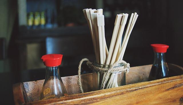 chopsticks-698495_640