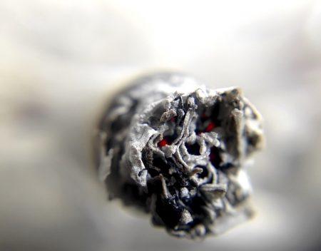 cigarette-1270516_640