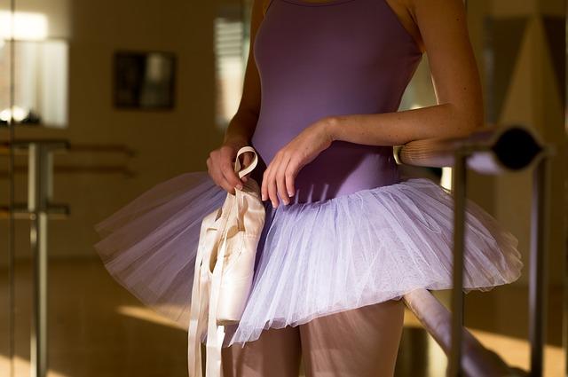 classic-dance-2079980_640