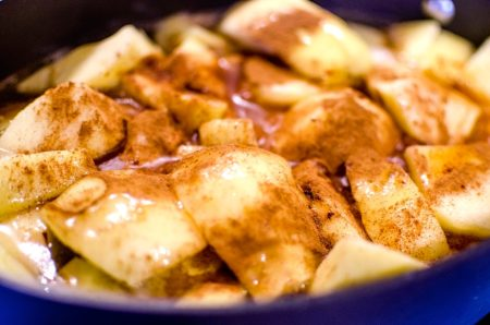 cooked-apples-1102079_960_720