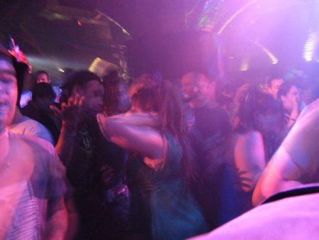 dancing-206740_640