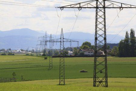 electricity-3363151_640