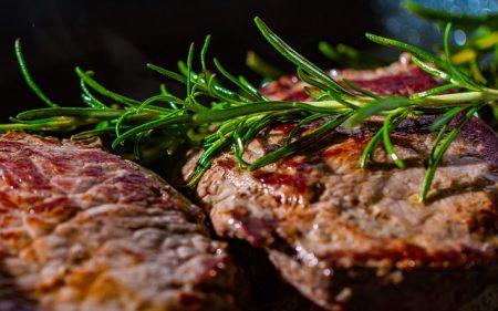 ステーキ_steak-2936531_640