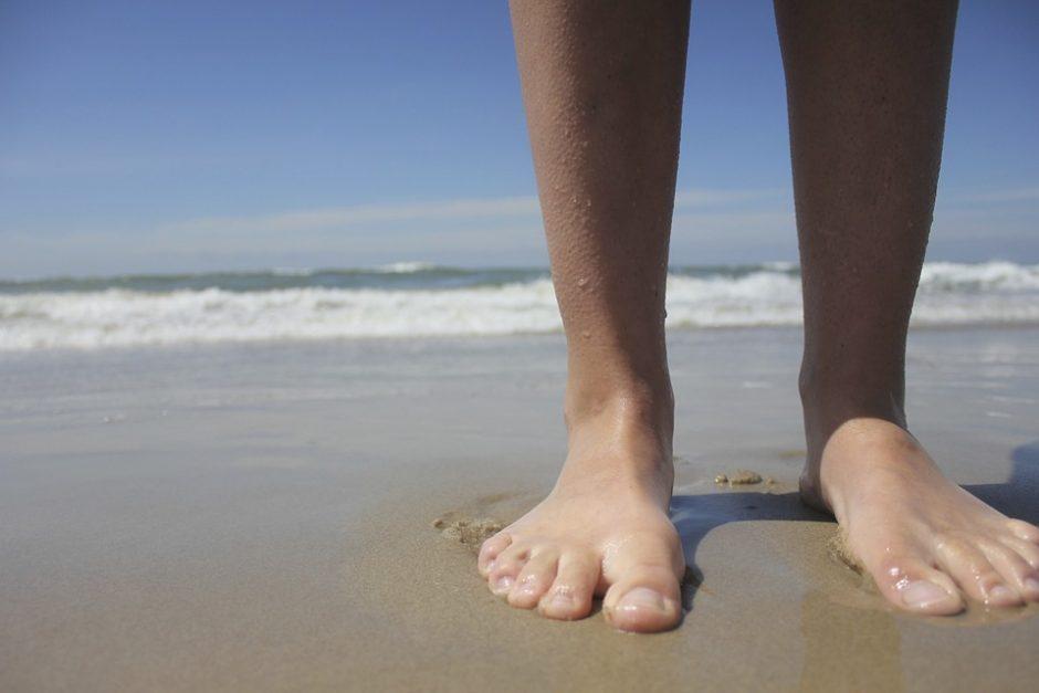 feet-639711_960_720