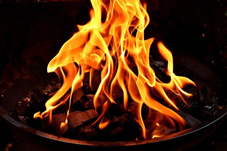 fire-2828309__480
