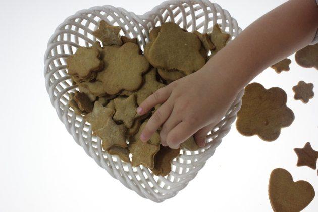 gingerbread-2282609_960_720