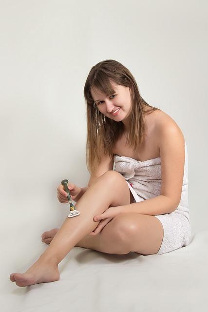 girl-2211243_640