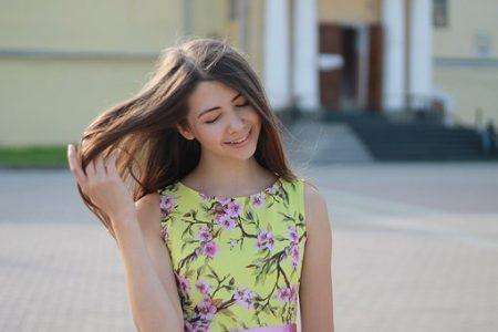 girl-2973626__340