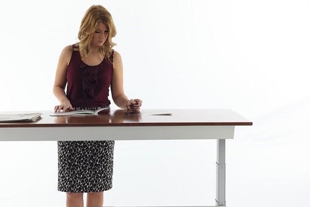 girl-standing-desk