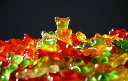 gold-bear-318359_960_720