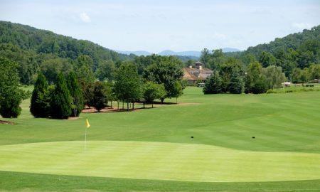 golf-course-1631581_640