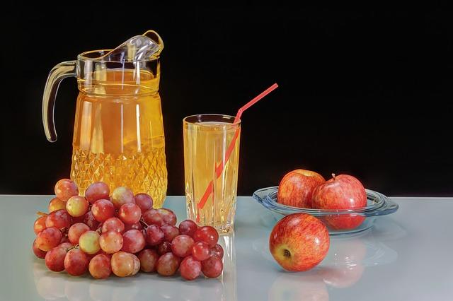 grape-juice-2875098_640