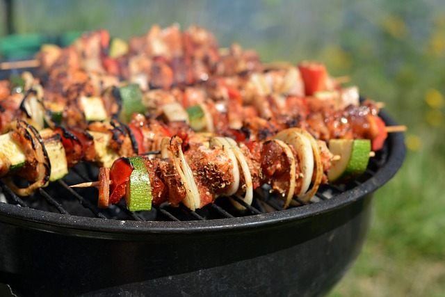 grill-878001_640