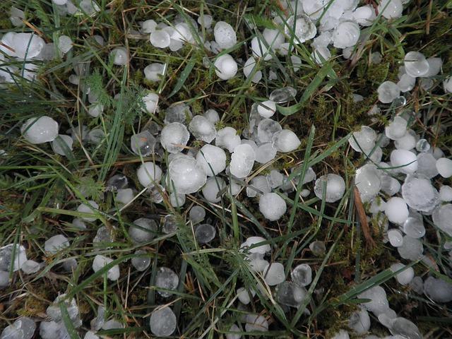 hail-379270_640