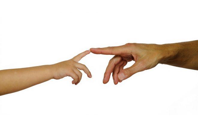 hands-3065641_960_720
