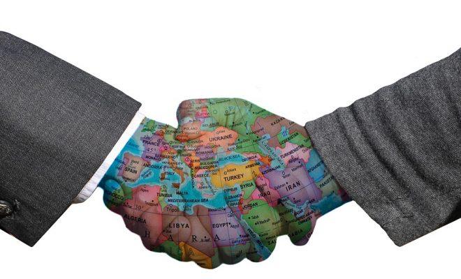 handshake-3205492_960_720