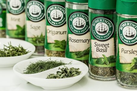 herbs-888734_640