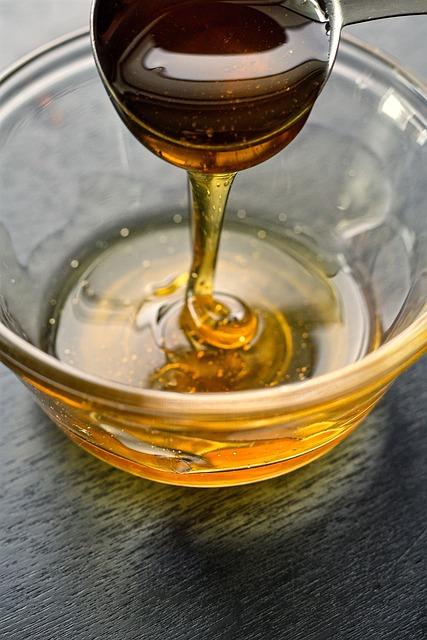 honey-1460406_640