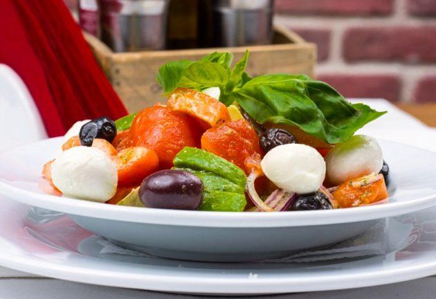 italian-salad-2156729_960_720