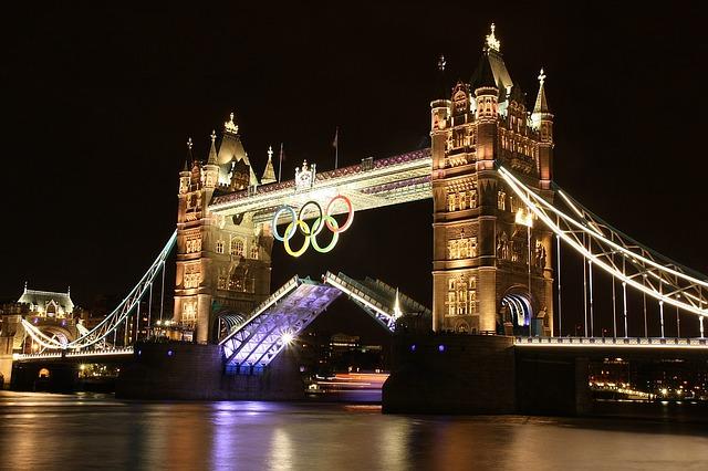 london-1383064_640