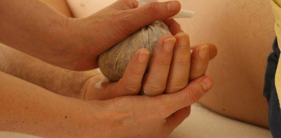 massage-389717_960_720