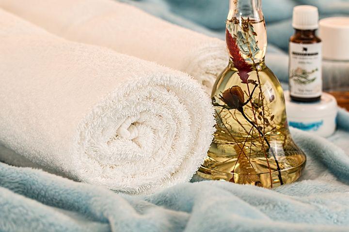 massage-therapy-1612308__480