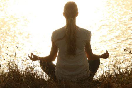 meditate-1851165_640 (1)