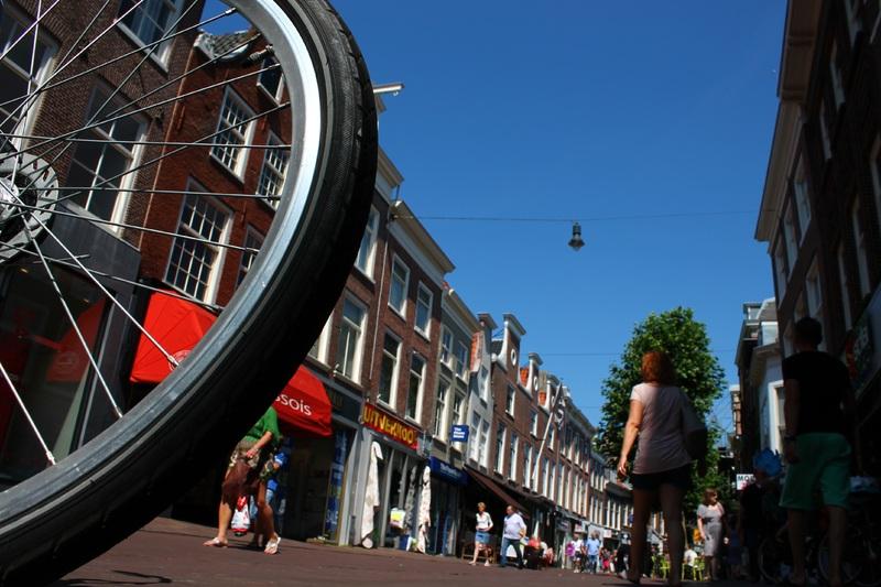 pedestrian-road-street-bike-city-cityscape-945465-pxhere.com
