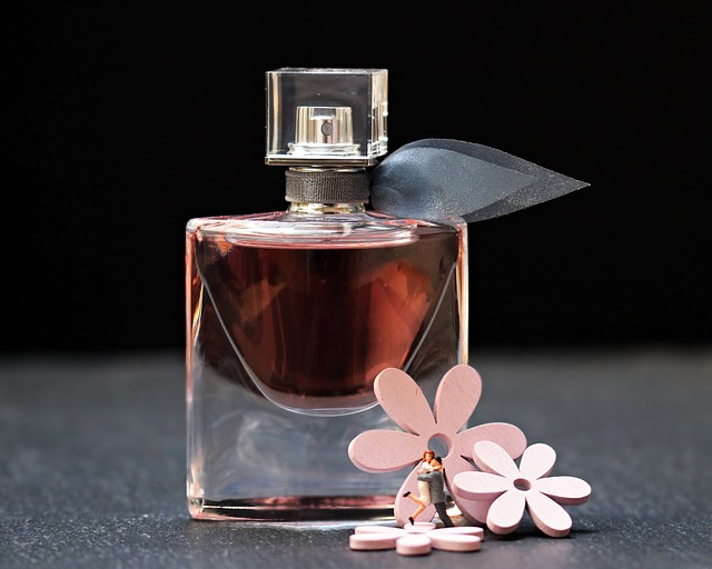 perfume-2142824_640